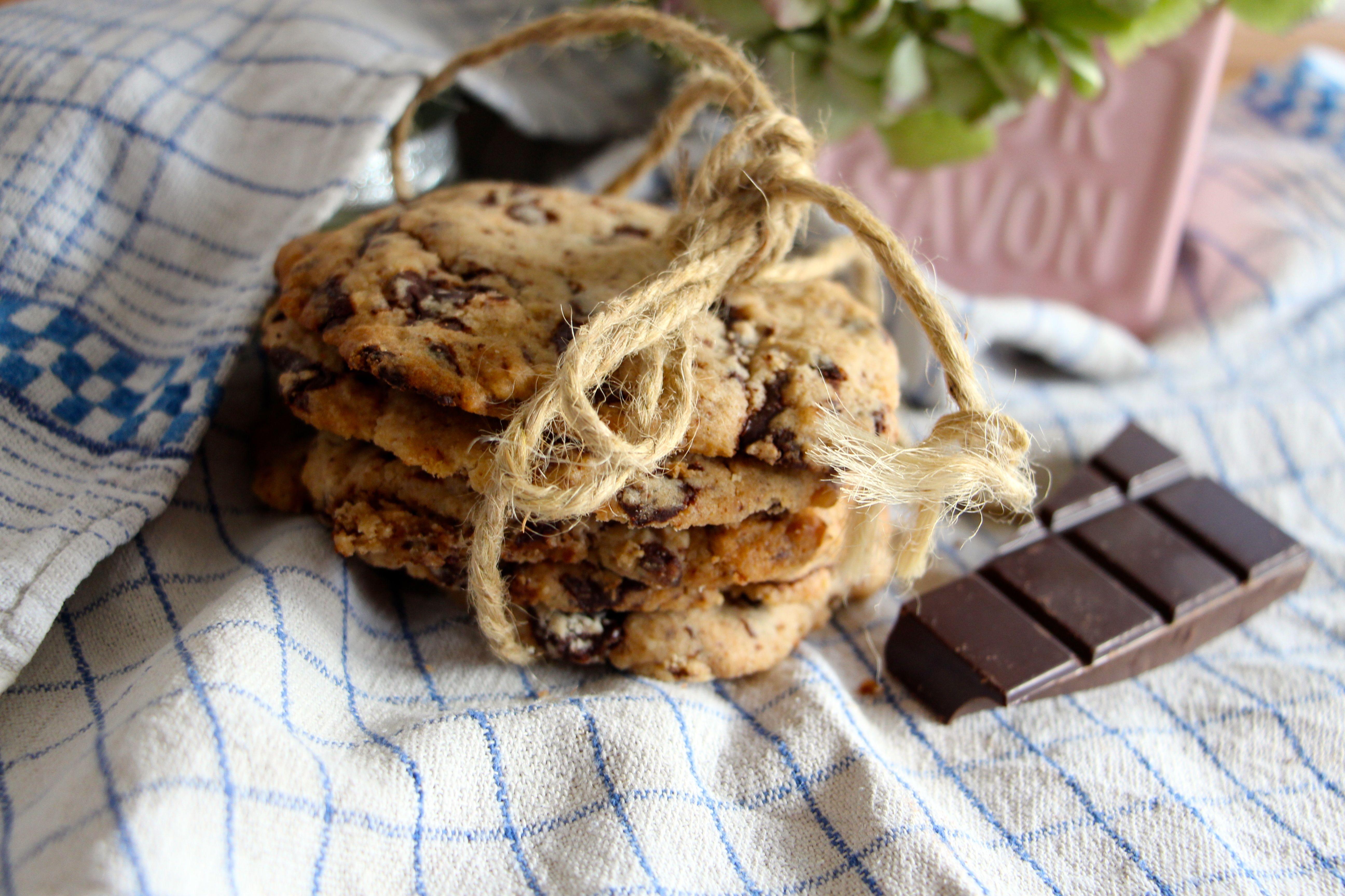 Recette exquis cookies p pites de chocolat chicon choc blog de bonnes adresses lille - Recette cookies laura todd ...