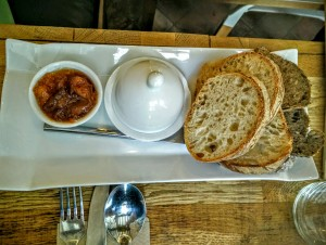 Pain confiture et beurre brunch Tamper espresso Bar coffee shop Lille chicon choc