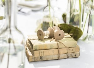 Ambiance Herboristeries balotin de livres décoration mariage d day déco location de mobilier