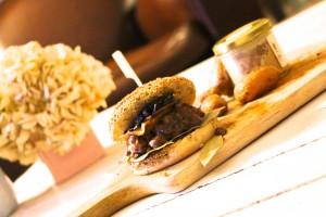 burger-fermier-au-foie-gras-chicon-choc-recette-lille