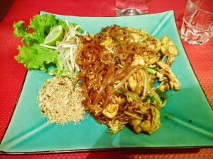 Pad thai crevette kheak & vero restaurant canal saint martin paris