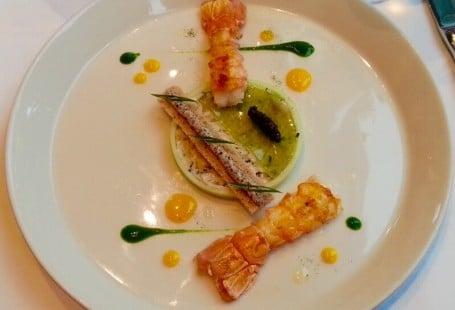 langoustines saisies, caviar, remoulade radis noir les toquées